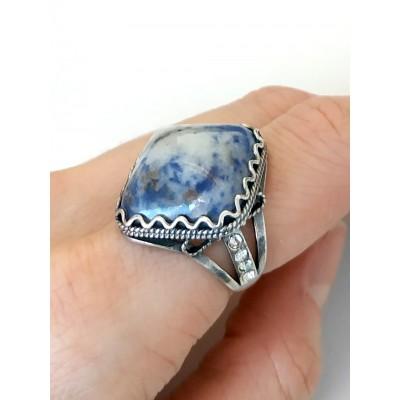Кольцо с содалитом