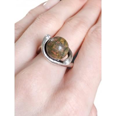 Кольцо посеребренное с унакитом