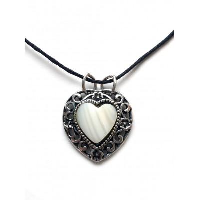 Подвеска сердце с белым перламутром