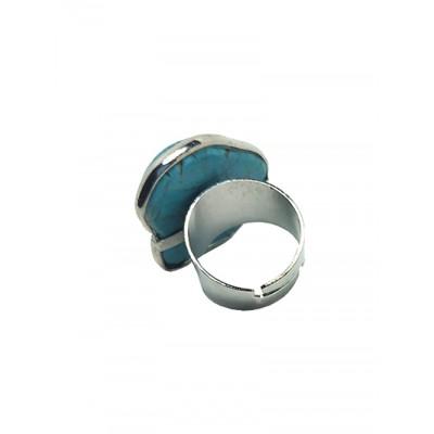 Кольцо из говлита (стилизация под бирюзу)